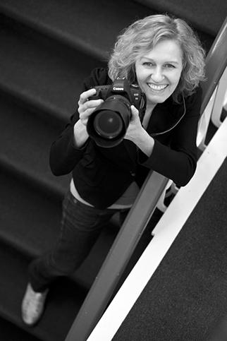 fotograaf Hilversum, fotoshoot, bruidsfotograaf, trouwfotograaf, hilversum, 't gooi, portret, familieportret, trouwen, fotocursus, fotoworkshop, begrafenis, fotografie, uitvaartfotografie